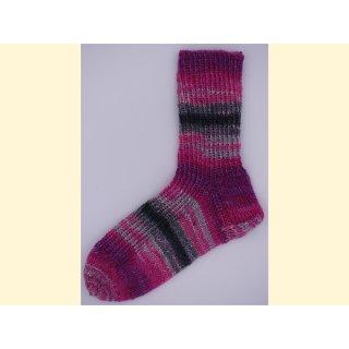 Handgestrickte Socken Gr. 32/33 Morgenröte