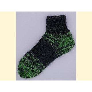 Opal Style - handgestrickte Sneackersocken - Gr. 30/31  in grün